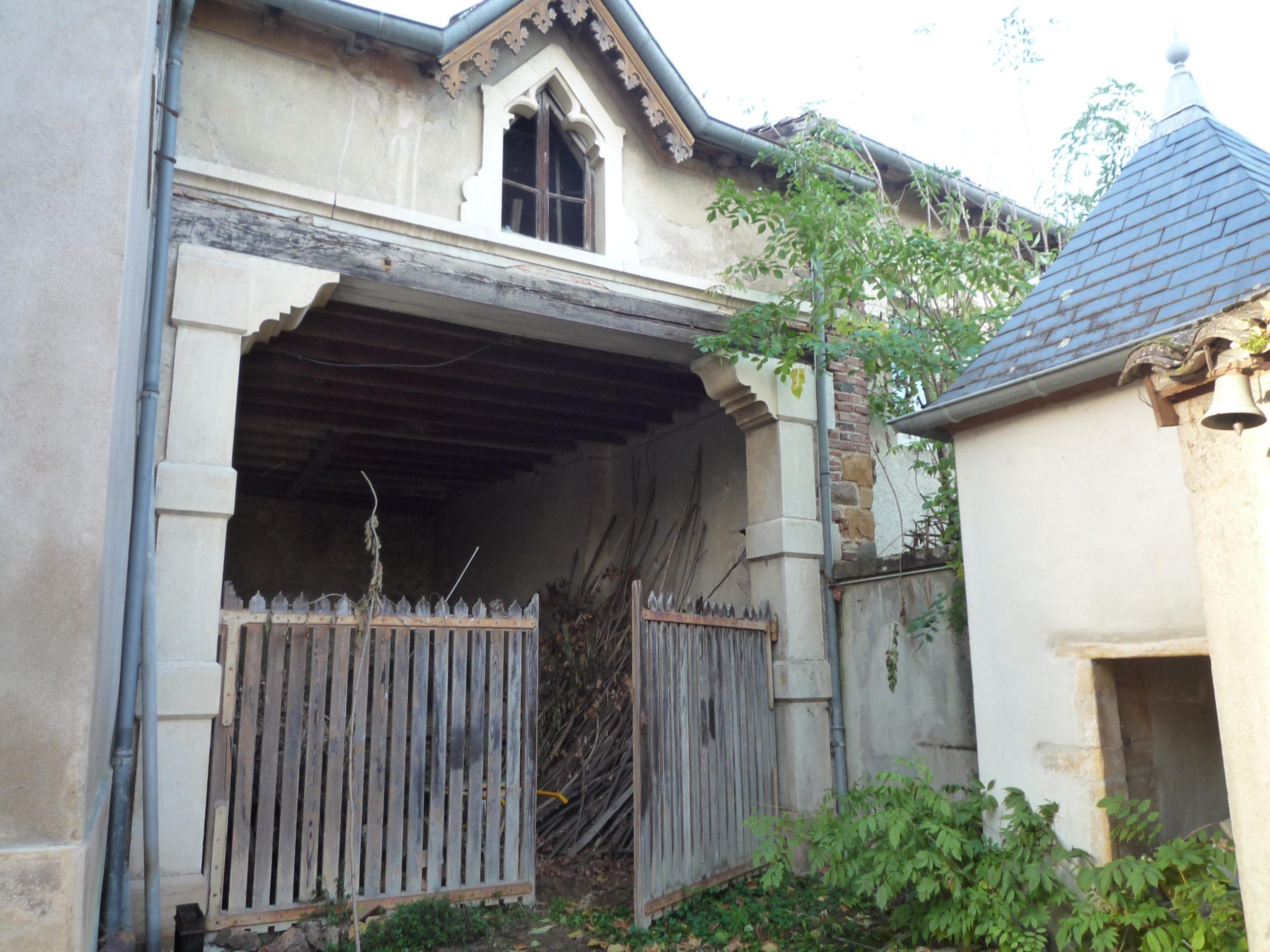 Perreon - Cologi - Habitat participatif - authenticité - ancienne école