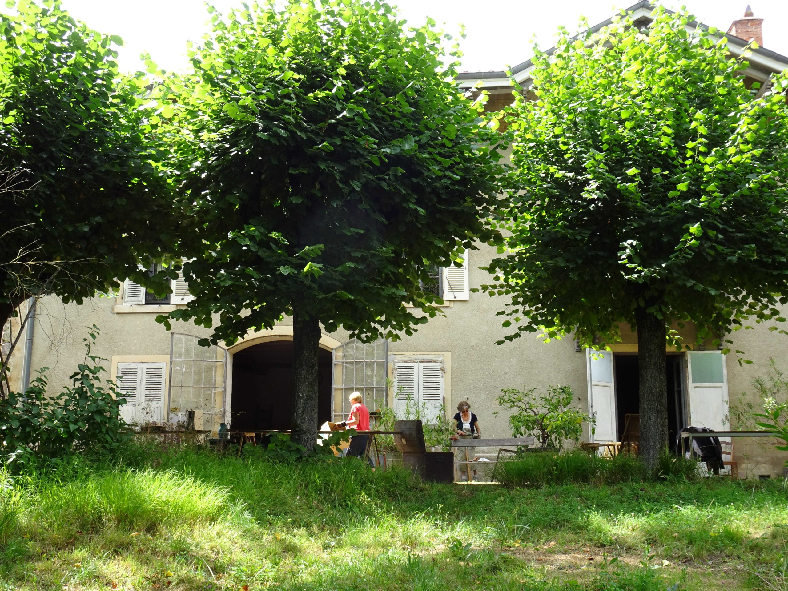 Perreon - Cologi - Habitat participatif - authenticité - arbres centenaires
